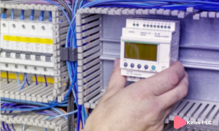 Zelio smart relay