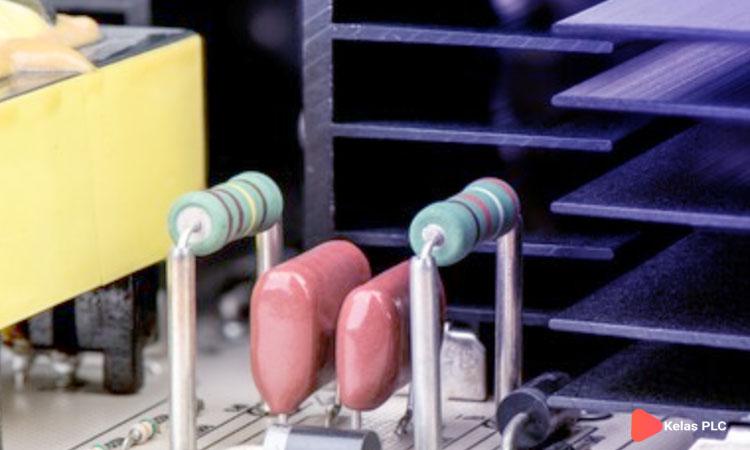 Perbedaan-Resistor-Dan-Kapasitor